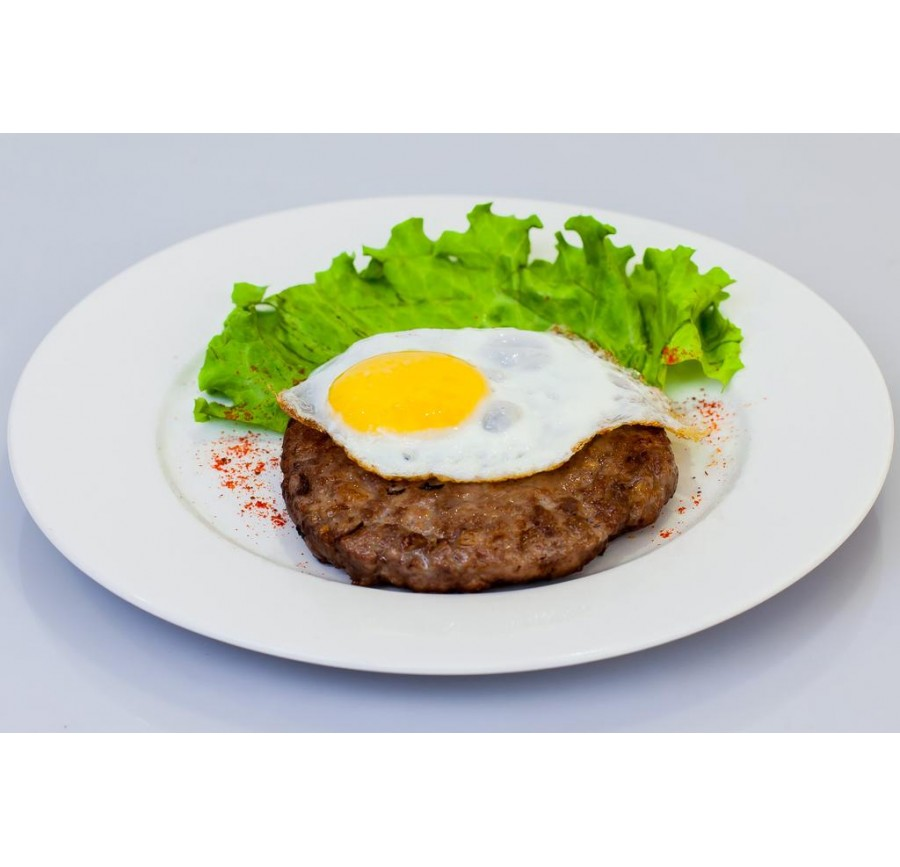 Beef cutlet with egg